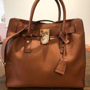 Michael Kors Hamilton LG Tote Handbag